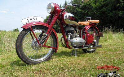 JAWA 250-11 pérák (1951)