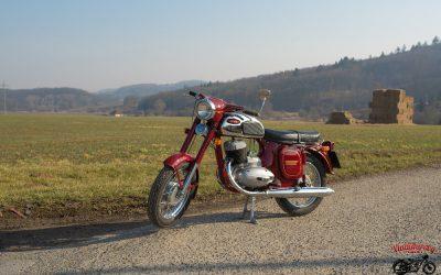 JAWA 250 / 592 – Panelka (1969)