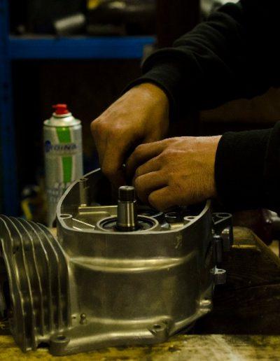 Skládání motoru