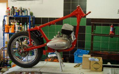 Renovace JAWA 350 Californinan